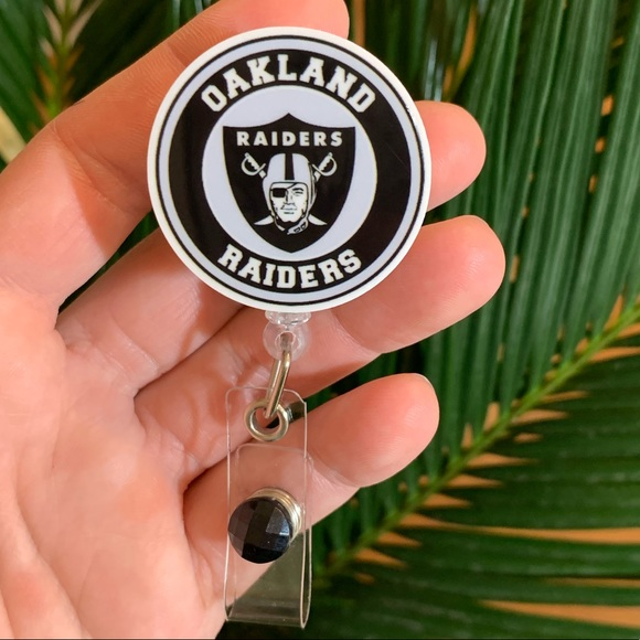Accessories - Oakland Raiders Badge Holder